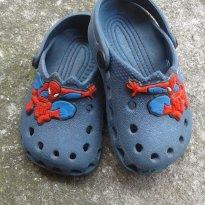 Crocs homem aranna (não original)