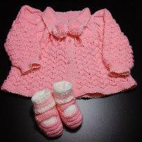 Casaco e Sapatinho de tricô!! Somente utilizados no ensaio durante a gravidez!!
