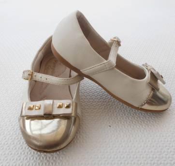 Sapato Dourada Pampili - Tamanho 22