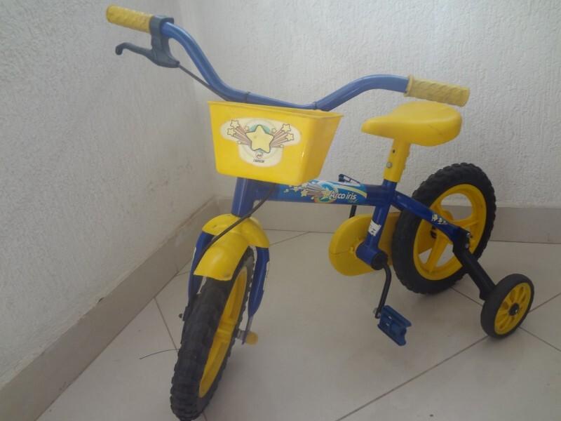 b09e30f20 Bicicleta Infantil Aro 12 - Arco Íris - Track no Ficou Pequeno ...