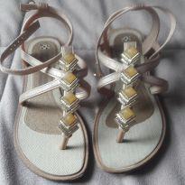 Sandalia dourada - 28 - Grendha