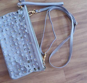 Bolsa couro lilás - Sem faixa etaria - Artesanal