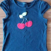 Camisa cereja - 4 anos - Não informada
