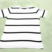 L224 - Camiseta listrada Old Navy - H/14 anos - 14 anos - Old Navy