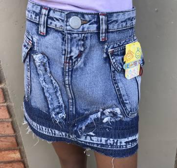 L235 - Mini saia jeans - Destroyed - 503 - 10 anos - Bem Feito - BR