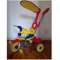 Triciclo com empurrador -  - Bandeirante