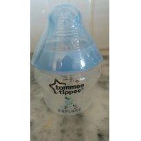 Mamadeira  Tommee Tippee 150 ml/Produto embalado retirado da caixa para foto - Sem faixa etaria - Tommee Tippee