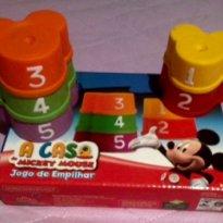Jogo de empilhar do Mickey -  - Elka