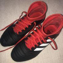 Chuteira Adidas Predator - futsal - 33 - Adidas