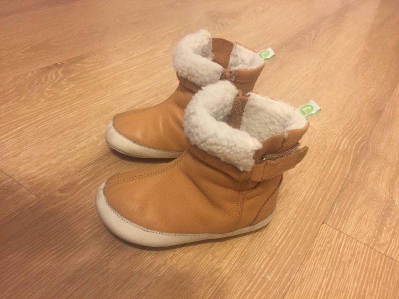 a9915df75cf1d4 bota quentinha caramelo tip toey joey tamanho 19 linda! usada em bom estado!