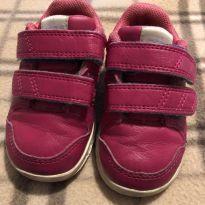 Tênis todo de couro rosa Adidas - 18 - Adidas
