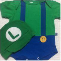 Body Luigi com boina 3 meses marca Trelelê - 3 meses - Não informada