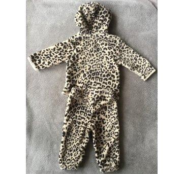 Conjunto Bebê Menina Em Plush Composto Por Casaco E Calça - Tam  P - 3 a 6 meses - Puc Baby