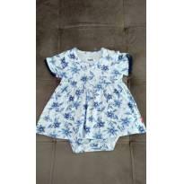 Vestido/body branco com flores azuis  algodão e elastano PUC. Tamanho 3 a 6 m - 3 a 6 meses - PUC