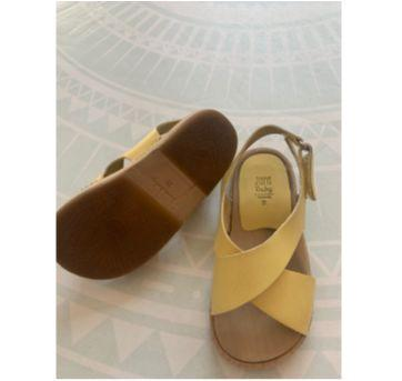 Sandália amarela - 25 - Zara Baby