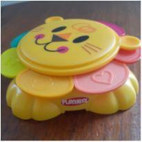 Brinquedo Leãozinho Playskool de Encaixe -  - Playskool