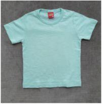 Camiseta verdinha mesclada KyLy
