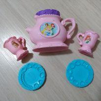 Play Doh A Hora do Chá com as Princesas Disney