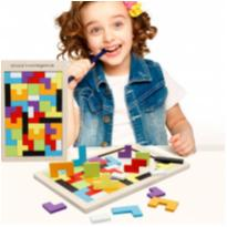 Quebra-cabeça Desafio Tetris e Tangram de Madeira