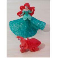 Mini Personagens Disney Ariel + Sebastião -  - Kinder Ovo