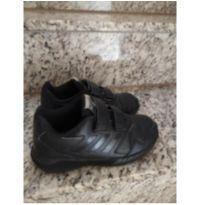 Tênis preto Adidas número 30 - 30 - Adidas