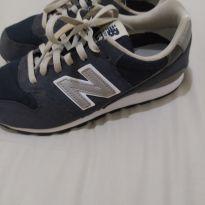 Tênis New Balance número 32