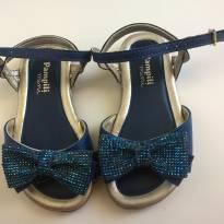Sandália com brilhos e laços - 22 - Pampili