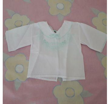 Blusinha pagão branca e verde - 3 meses - Feito à mão