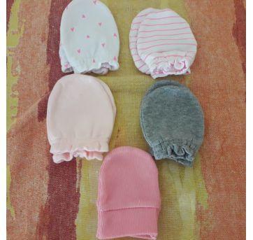 4 pares de luvinhas ( Brinde 1 par de luvinha rosa) - Sem faixa etaria - Cat & Jack