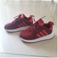 Tênis vermelho  Adidas
