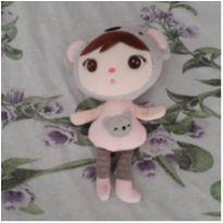 Mini boneca Meetoo