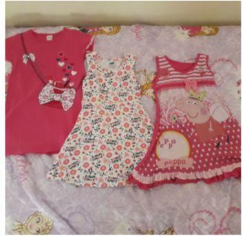Trio de vestidinhos pro dia a dia - 4 anos - Várias