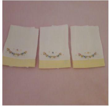 Trio paninhos de boca bordados - Sem faixa etaria - Laço de menina