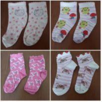Combo 4 pares de meias de menina (Calçam do 22 ao 25) - 4 anos - Puket e Outras