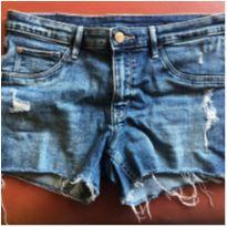 Short jeans destroyed EUA - 13 anos - H&M e & Denim