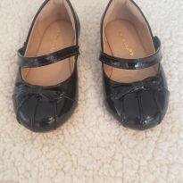 Sapato em couro preto - De Maria para Sofia -  Tam 23 - 23 - De Maria para Sofia