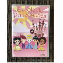DVD Escola de Princesinhas -  - Video brinquedo