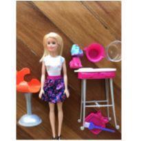Barbie e cachorro que muda de cor -  - Mattel