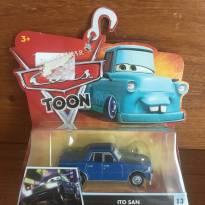 Carrinho Ito San do filme da Disney Cars Toon -  - Mattel