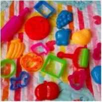 KIT MASSINHA DIA DAS CRIANÇAS -  - Play-Doh