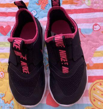 TÊNIS NIKE FLEX RUNNER PS ROSA MENINA - 25 - Nike