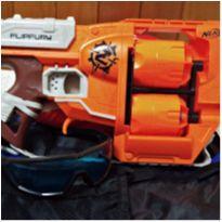 Lança dardo Nerf Zombie + Óculos Nerf + colete para guardar munição -  - Hasbro