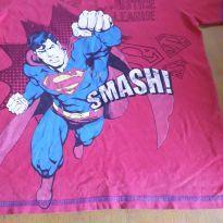 Camiseta heróis - 8 anos - Não informada