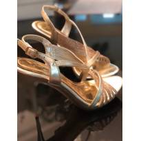 sandália crysalis dourada - 35 - Não informada