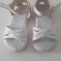 Sandália branca Brilhos - 23 - Outra