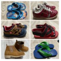 Kit 6 pares calçados tênis, sandália, chinelo, bota - 25 - Diversas