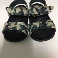 Sandalia adidas (4k, entre 18 e 19) - 19 - Adidas