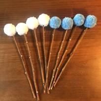 Arranjo Pompom para Vaso (azul e branco) -  - elo7