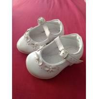 Sapatinho branco - 16 - Pampili
