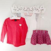 Kit 3pçs Coraçãozinhos Blusas e Short-saia Tam 4 - 4 anos - EPK e Hering Kids